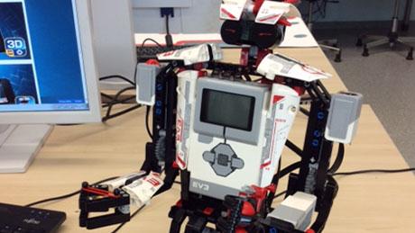 """Bau eines Roboters mit """"Lego EV3"""""""